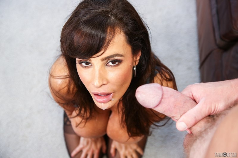 Hot MILF Pornstar Lisa Ann Takes The Deepthroat Challenge At Throated ...