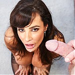Hot MILF Pornstar Lisa Ann Takes The Deepthroat Challenge At Throated