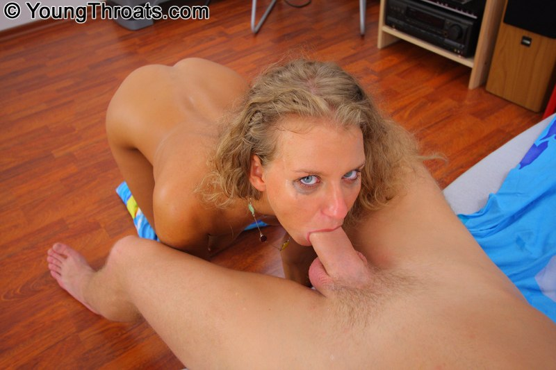 Good girl gets her throat drilled