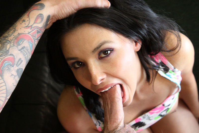 Girls first throat fuck