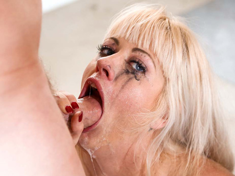 Blonde deep throat cock late, than