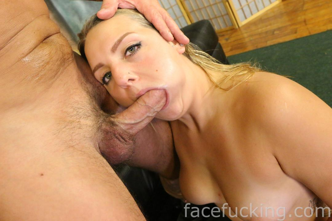 Deep Facefuck