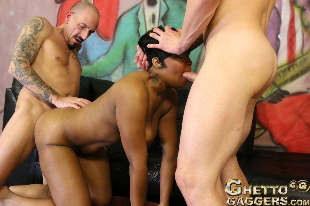 Hot nasty ghetto orgy in the projects 5