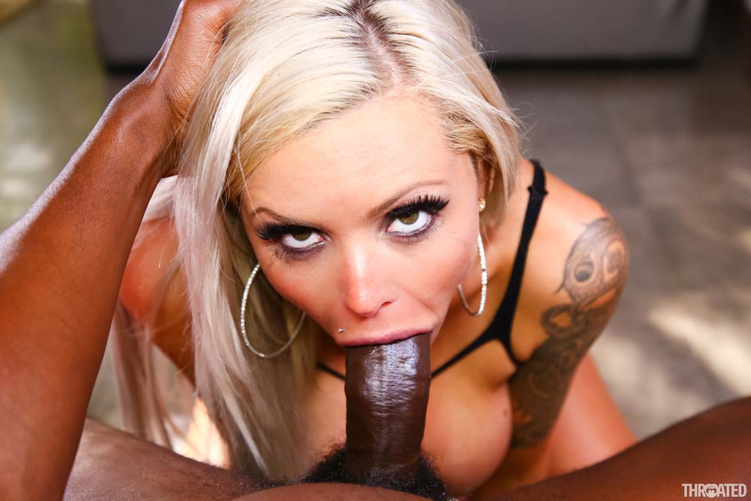 Gorgeous blonde sucking and fucking old cock in a hot cumshot shower
