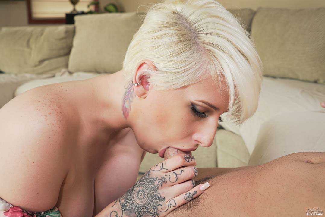 Dylan Phoenix Sucks A Lucky Guys Dick Dry -1272