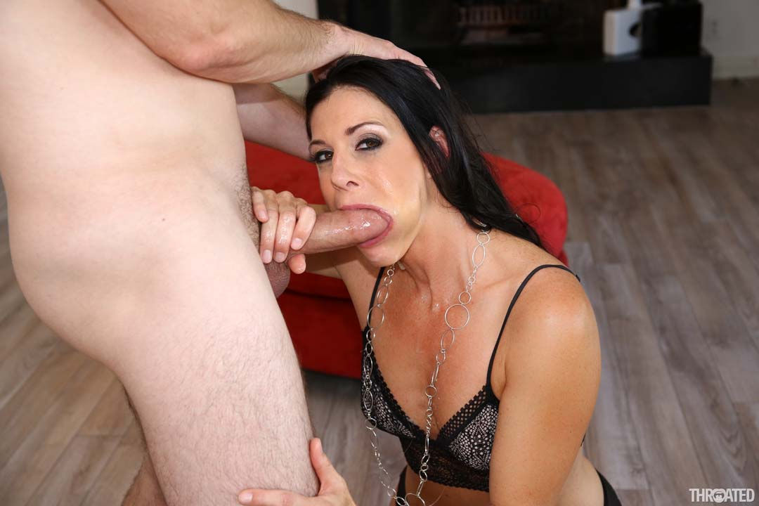 image India summer gets her nipples and pussy licked during foreplay