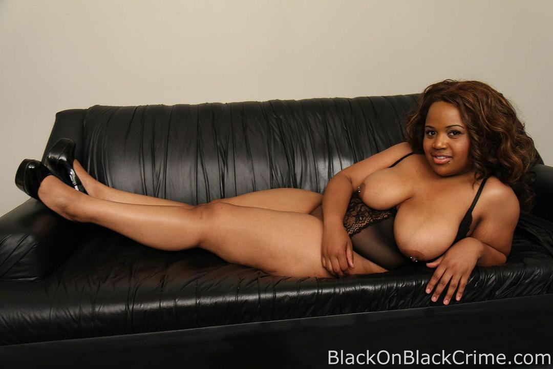 Big Tits Ebony Gets Her Throat Smashed With 10 Inch Bbc -7819